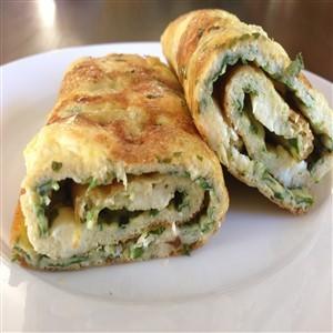 Spniach & Feta Cheese Egg Roll